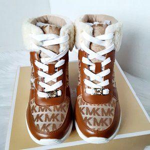 Michael kors tahoe wedge girl boots size 2M